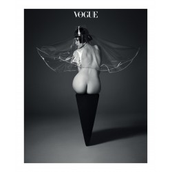 Ahn Jooyoung - hat Q Millinery - Vogue Korea_ph_nude_bw_fash