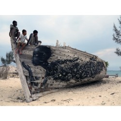 SETH - old boat Andavadoaka Madagascar