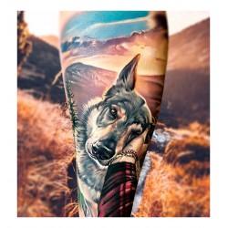 Anjelika Kartasheva - tattoo dog