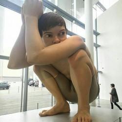 Ron Mueck - Boy - 1999