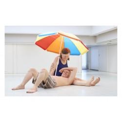 Ron Mueck - Couple under an Umbrella - 2013_sc_hype_artsy.net+artist+ron-mueck