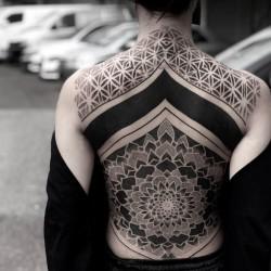 Chester Lee - Sim Hui Sinn - blackout tattoo