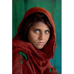 Steve McCurry -Sharbat Gula afghan Girl Nasir Basgh refugee camp