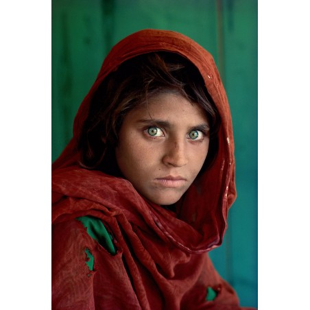 Steve McCurry -Sharbat Gula afghan Girl Nasir Basgh refugee camp