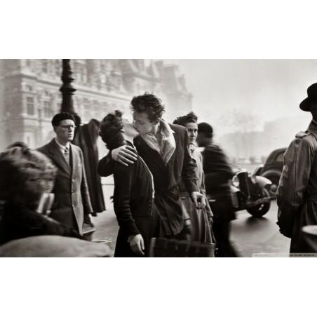 Robert Doisneau - Le baiser de l hotel de ville - 1950