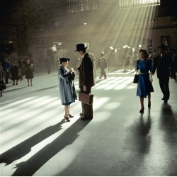 Berenice Abbott - NY Grand Central station - colorized