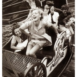 Kurt Hutton - Fair fun - 1938