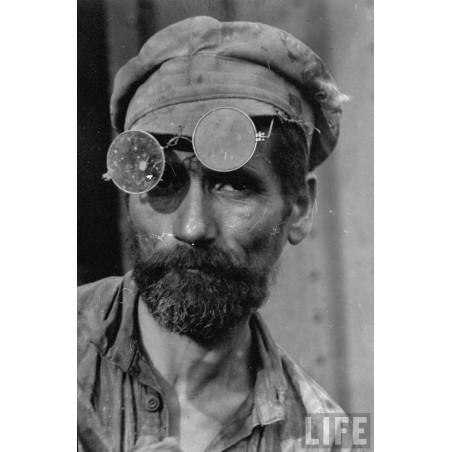 Margaret Bourke White - russian iron puddler