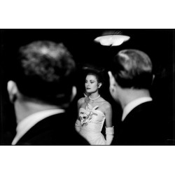Elliott Erwitt - Grace Kelly - NY 1956