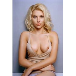 Scarlett Johansson 2 - fake