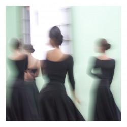 Elizabeth Opalenik - Dancing through Cuba_mast_ph