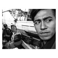 Boy Jeconiah - street photography 2 _ph_stre_bw_urba
