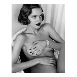 Mario Testino - Natalia Vodianova - Vogue russia winter 2012_ph_nude_bw_topm
