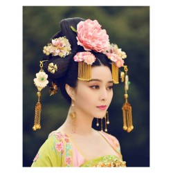 Anonym - Cosplayer The Empress of China