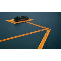 Christo and Jeanne Claude - The Floating Piers Lake Iseo - Italy - 2014_au
