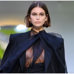 Kaia Gerber- defile Valentino -Fashion Week Printemps-Ete 2020_topm