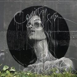 Nadya O - street art
