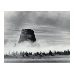 Ansel Adams - Rising Fog - Devil s Tower - WY 1988_ph_mast_land_bw_vint