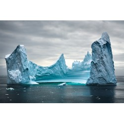 Daniel  Beltra - Pinnacle iceberg in the Southern Ocean -2007_ph_land_danielbeltra.photoshelter.com