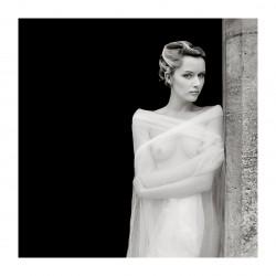 Faye Yerbury - The doorway