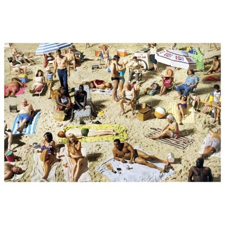 Alex Prager - Crowd at Pellican Beach_ph_mast