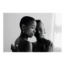 Zanele Muholi - Zinzi and Tozama II Mowbray - 2010