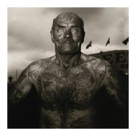 Diane Arbus - Tattooed man at a carnival_ph_anti_bw_vint